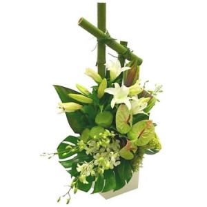 composition de fleurs maraige vertes et blanches