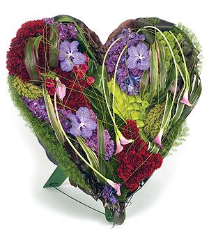 coeur de fleurs pour deuil