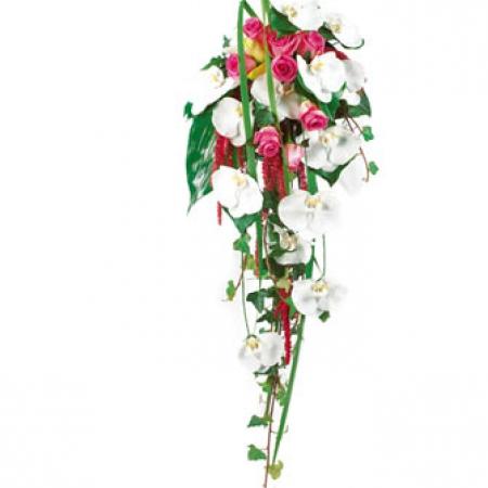 Livraison fleurs mariage bouquet de mari e cascade d for Livraison bouquet de fleurs kenitra