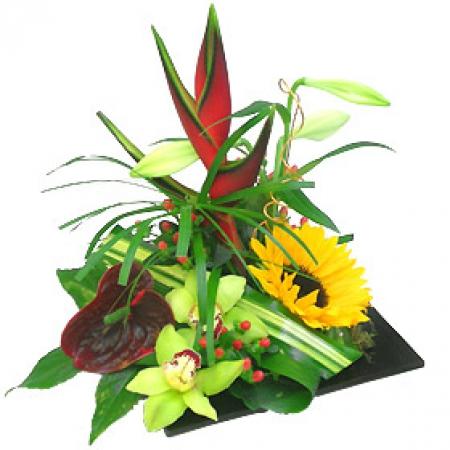 livraison fleurs exotiques: composition de fleurs saint valentin biguine
