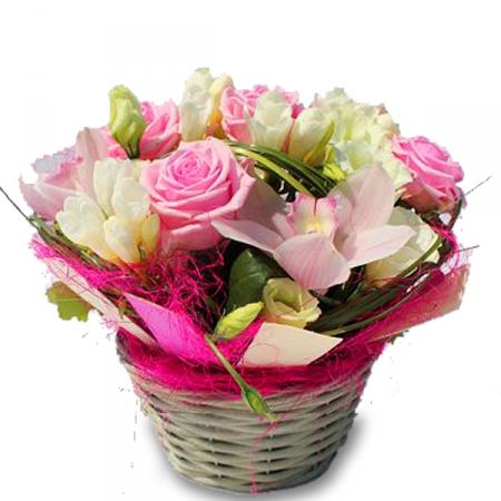 livraison de la composition florale anniversaire berlingot par floraclic. Black Bedroom Furniture Sets. Home Design Ideas