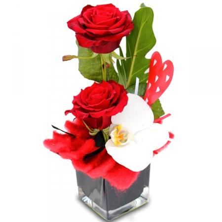 Livraison fleurs de la composition de fleurs saint valentin traviata - Saint valentin fleurs ...